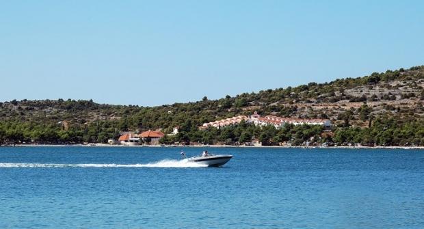 Implementiran LogINFO sustav u kornatsku tvrtku Jezera – Lovišća